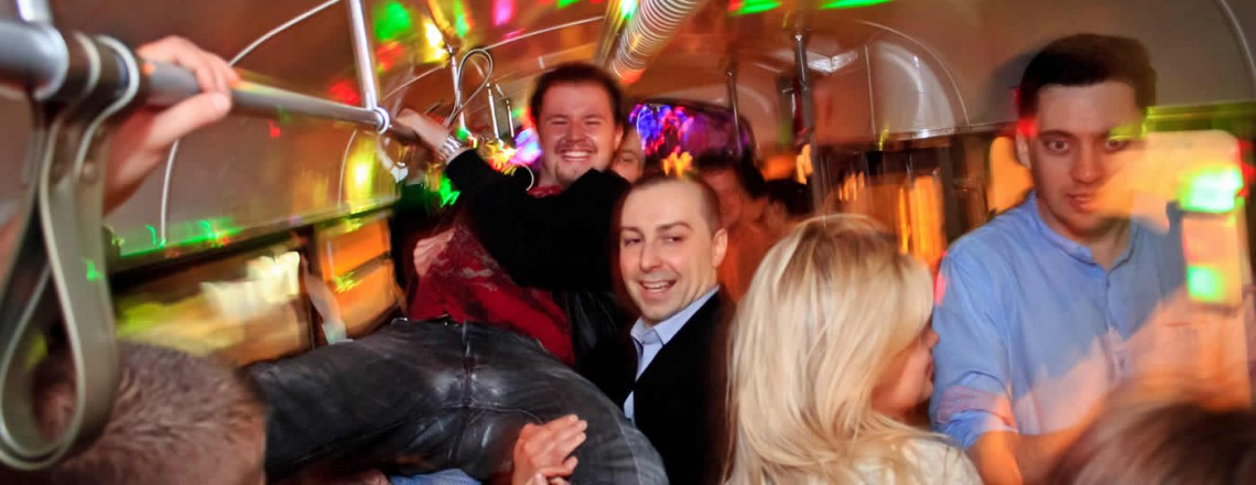 Tramwaj Party vs Klub